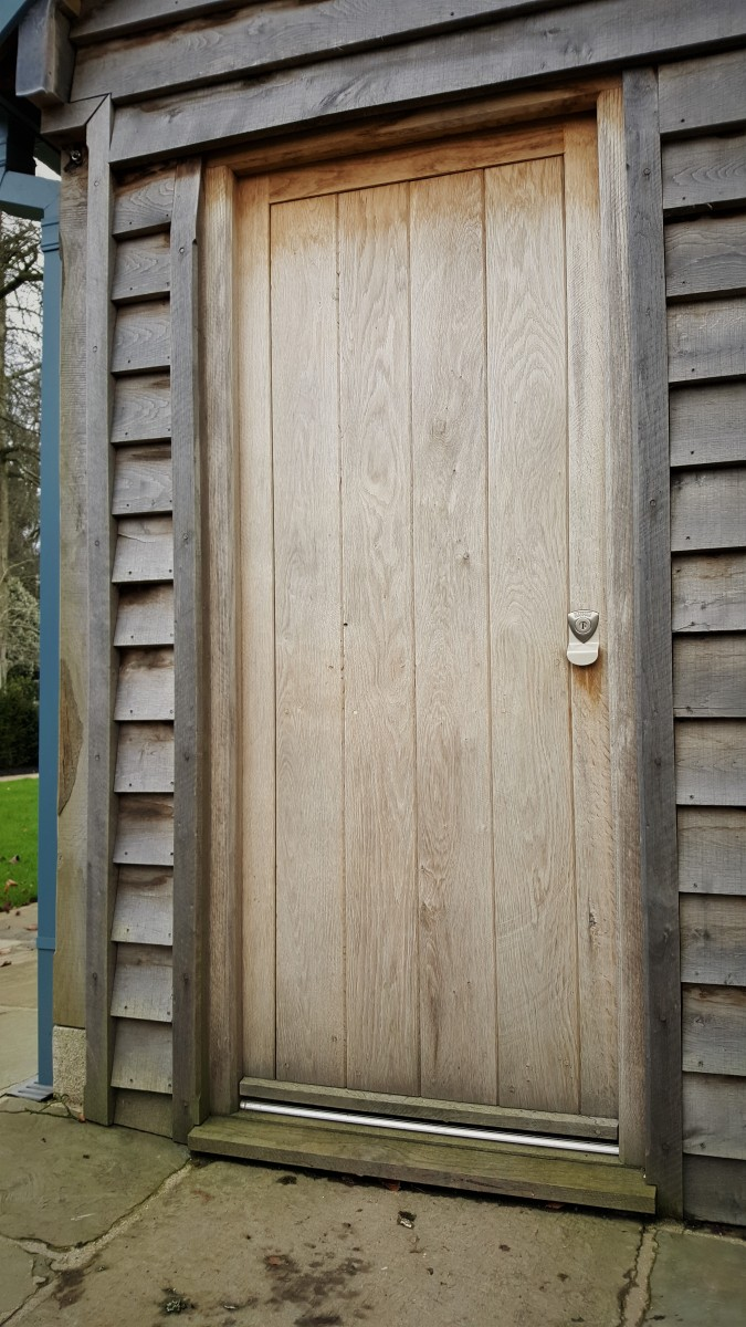 Adding a good level of security to doors is an important consideration. There are a great variety of ways to achieve this from the reliable 5 lever sash ... & Banham Lock Installation on an Oak Door