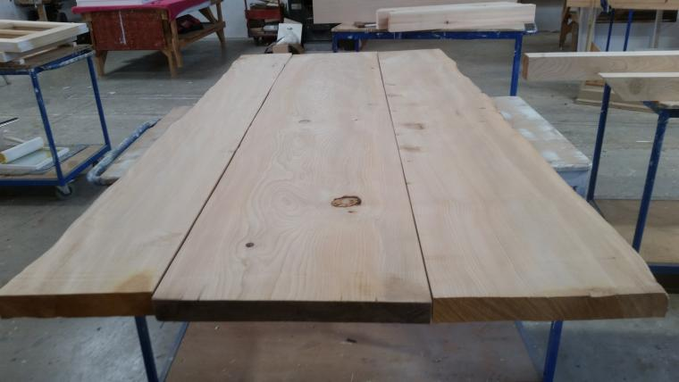 Preparing a big table top
