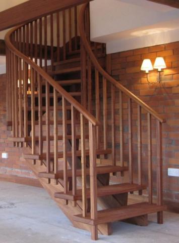 Wreathed Stairs
