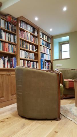 Fitted Oak Bookshelf