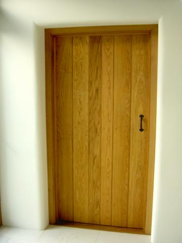 Oak ledge and braced door