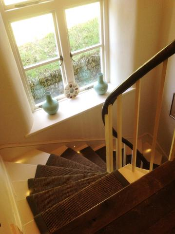 Curved staircase joinery