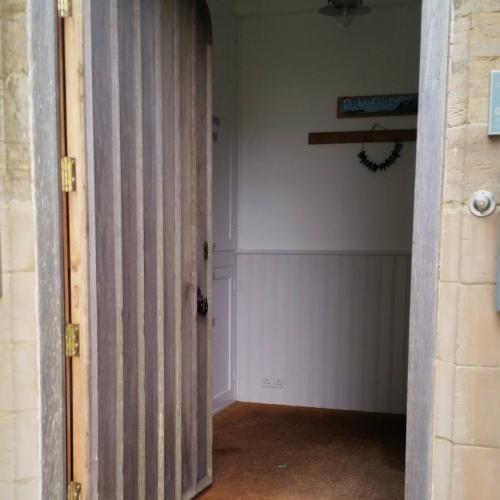 Solid Oak Door Devon