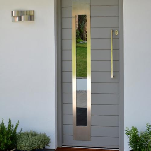 Modern hardwood insulated horizontal boarded door