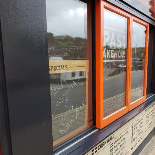Horizonatal Sliding Wood Window UK