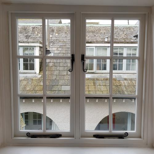 Custom Made Hardwood Windows Made in Devon